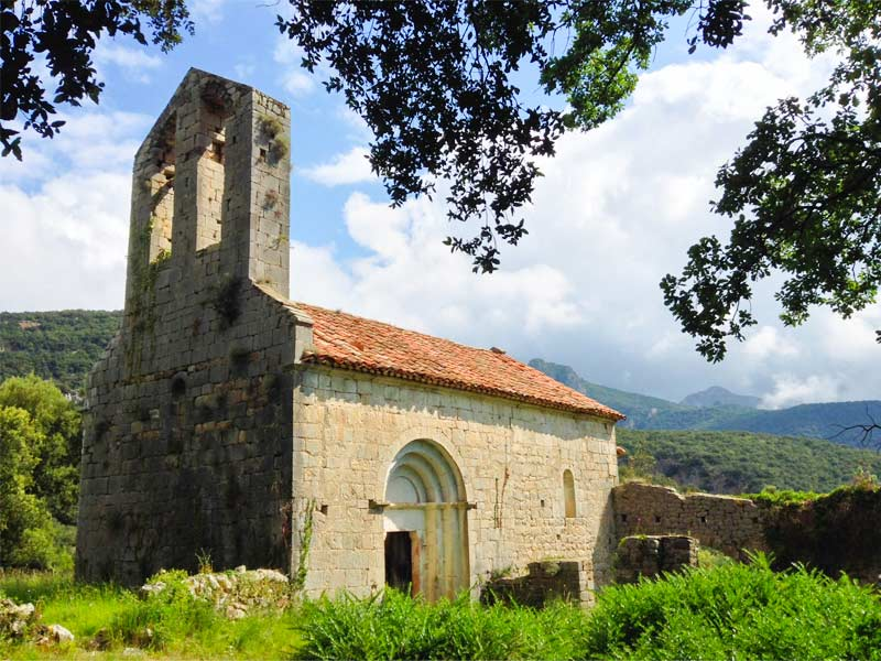 The churches and hermitages of Albanyà